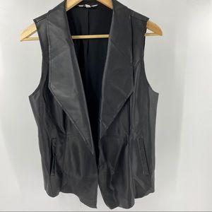 Reitmans faux leather vest black